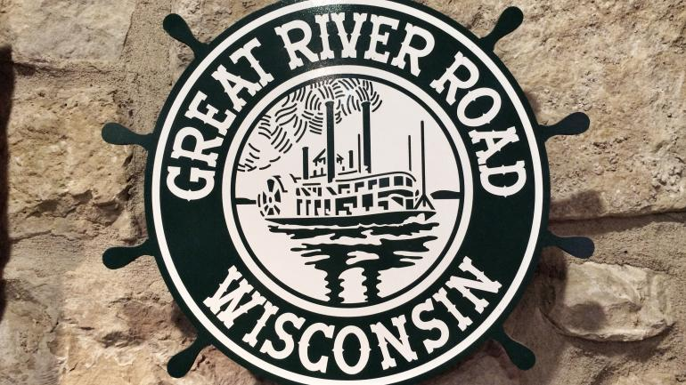 Great river road and mississippi river road trip great river road ships wheel sign in potosi wisconsin sciox Images