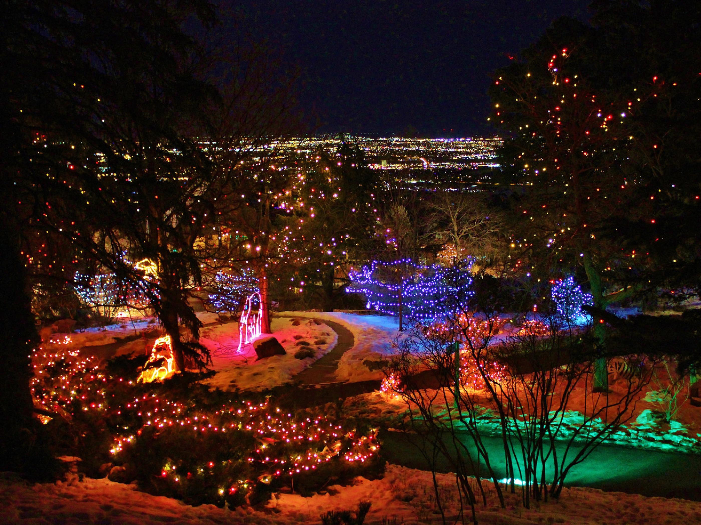 Colorado Springs, Colorado: Home of Pikes Peak and Garden of