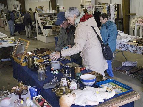 Hunting for antiques at the Gold Rush Antique Show and Market